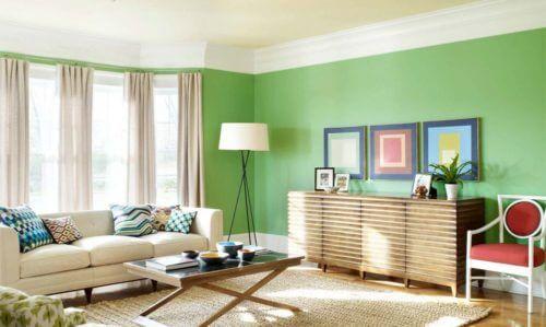 Tường màu xanh nên chọn rèm cửa theo kiểu màu bổ sung