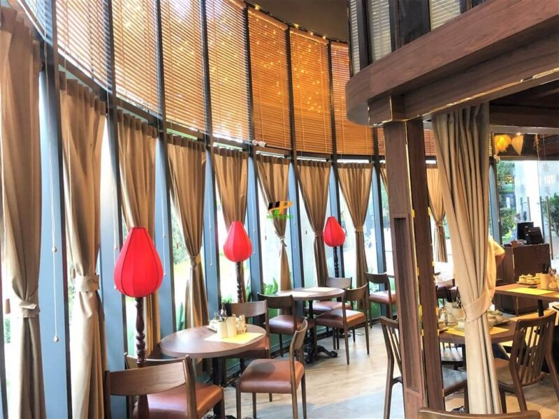 Mẫu rèm cửa đẹp cho quán cafe