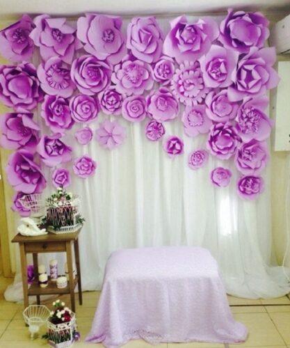 Mẫu phông cưới đẹp bằng hoa giấy