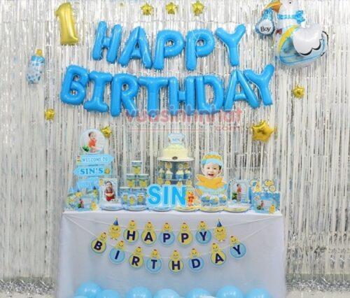 Trang trí sinh nhật không thể thiếu rèm trang trí phù hợp