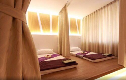 Những bộ rèm cửa phù hợp sẽ giúp ngăn giường spa một cách tinh tế và chuyên nghiệp