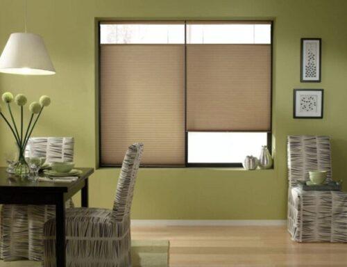 Hệ thống điều chỉnh ánh sáng linh hoạt giúp căn phòng thoáng khí và ấm cúng